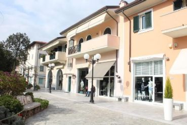 Beautiful apartment for rent 100 m sea of Forte dei Marmi.